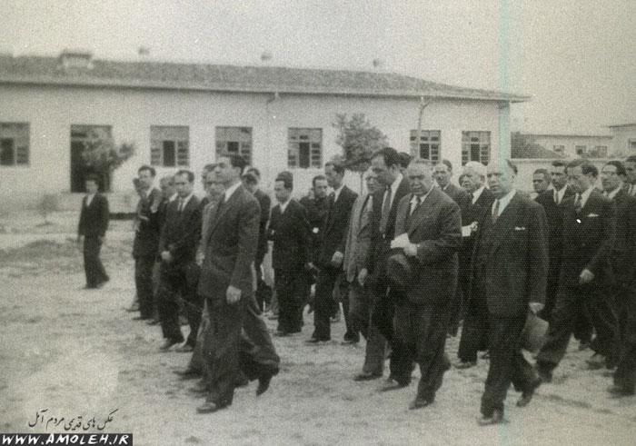 بازدید محمدرضا پهلوی از دبیرستان – سال ۱۳۲۷
