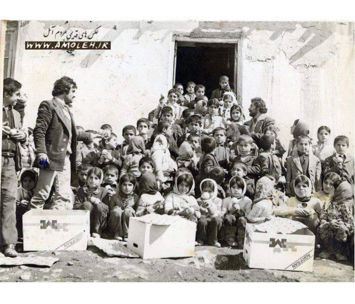 سال ۱۳۵۴ دبستان شیخ محله نمارستاق