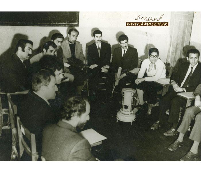 جلسه راهنمایان پیکار با بی سوادی آمل دهه ۴۰