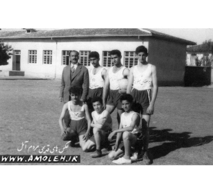 24 تيم واليبال دبيرستان دهه 30
