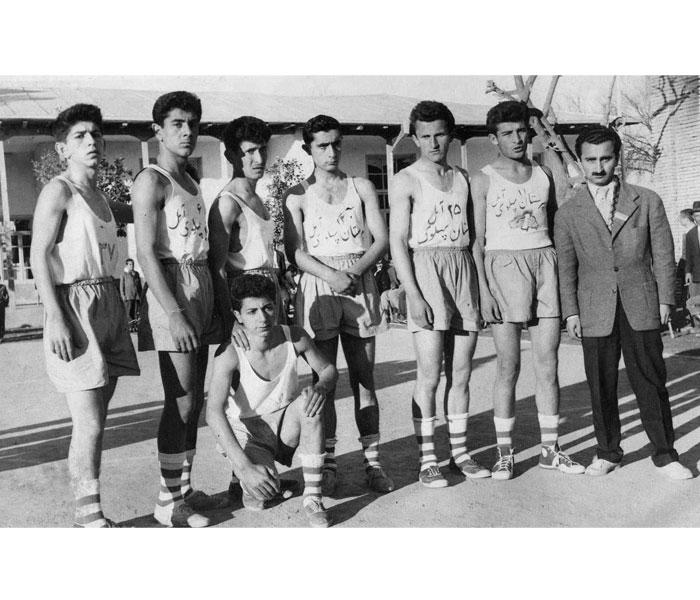 38 تيم بسکتبال دانش آموزي آمل سال 36