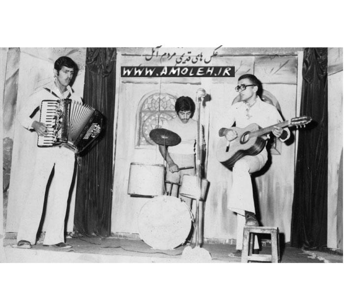 اجرای موسیقی سال ۵۰