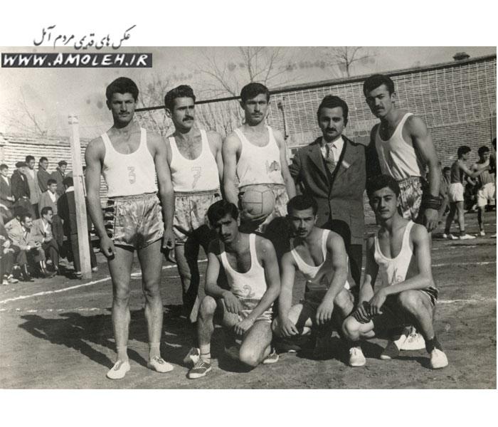 تیم منتخب والیبال آموزشگاههای آمل سال ۱۳۳۷
