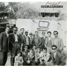 عکس يادگاري جلوي مخابرات رينه دهه 30