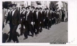 سال 1345 - رژه دانش آموزان دبيرستان پهلوي