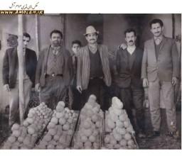 میوه فروشی اقای قربانی میدان هفده شهریور 1348